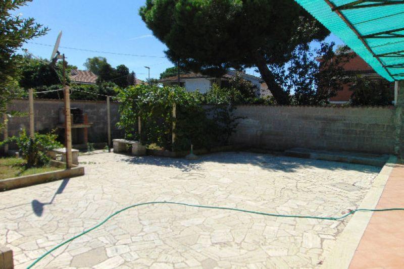 Bilocale Pomezia Via Via Lido Verde 5