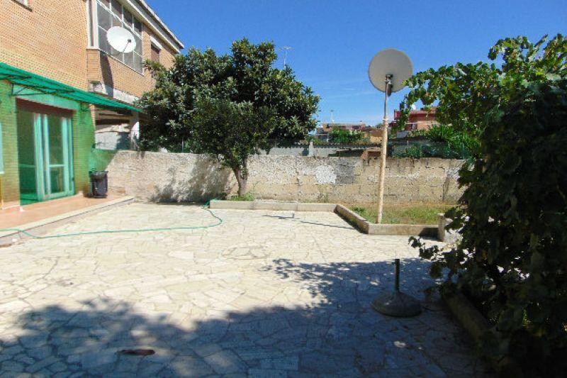 Bilocale Pomezia Via Via Lido Verde 4