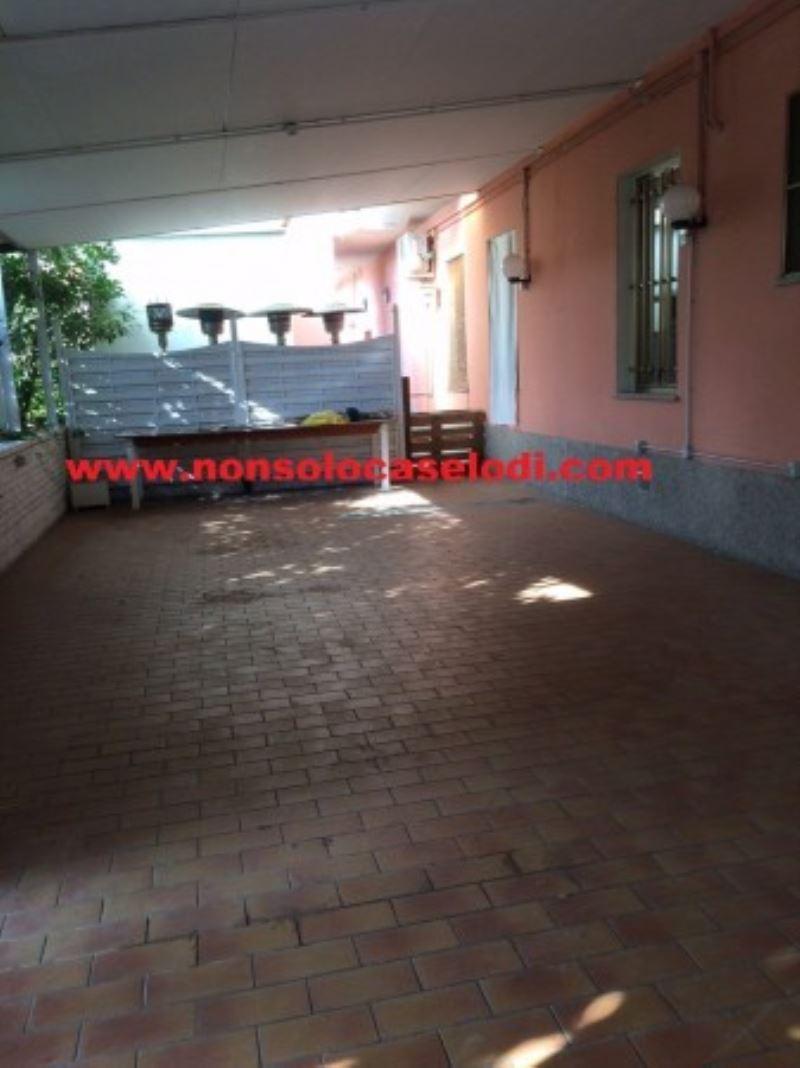Negozio / Locale in affitto a Cavenago d'Adda, 3 locali, prezzo € 1.200 | Cambio Casa.it