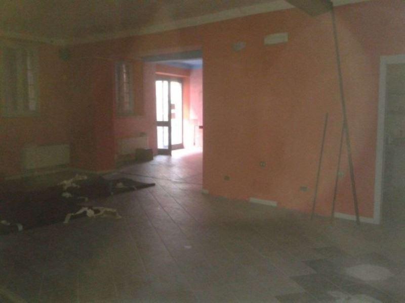Negozio / Locale in affitto a Lodi, 9999 locali, prezzo € 1.500 | Cambio Casa.it