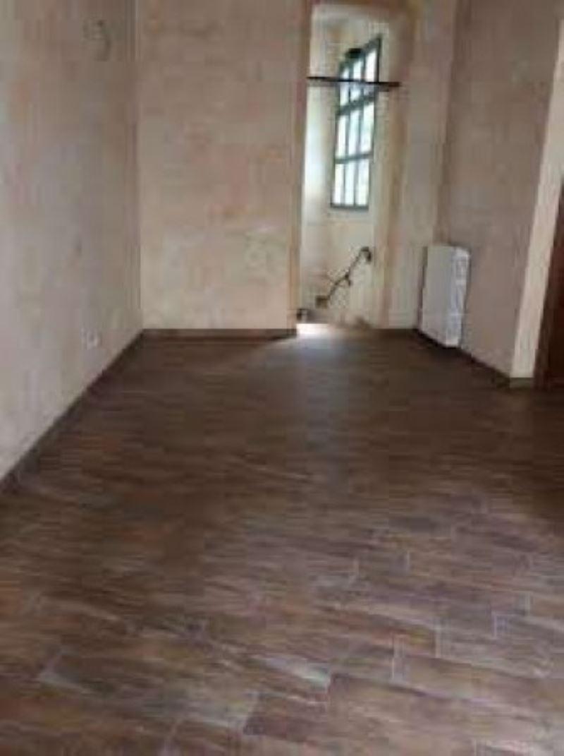 Negozio / Locale in affitto a Lodi, 9999 locali, prezzo € 1.200 | Cambio Casa.it