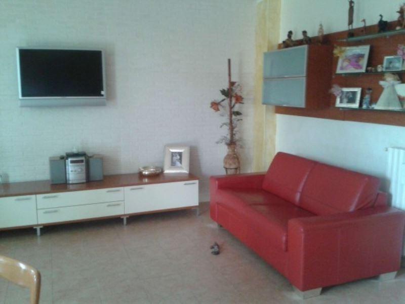 Appartamento in vendita a Crespiatica, 3 locali, prezzo € 139.000 | Cambio Casa.it