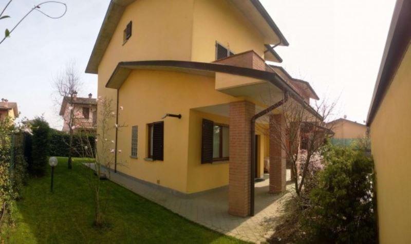 Villa in vendita a Mairago, 4 locali, prezzo € 295.000 | Cambio Casa.it