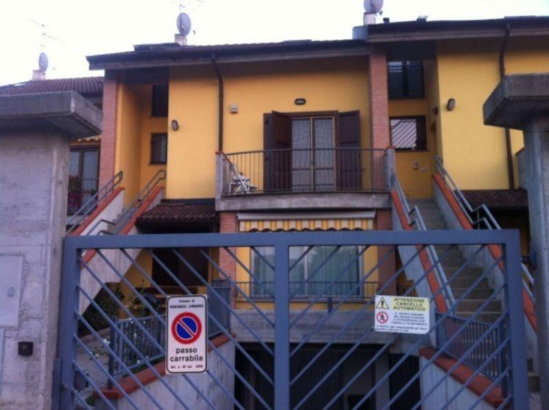 Appartamento in vendita a Montanaso Lombardo, 4 locali, prezzo € 180.000 | Cambio Casa.it