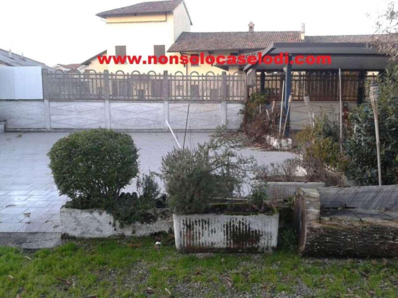 Negozio / Locale in vendita a Lodi, 4 locali, prezzo € 58.000 | Cambio Casa.it