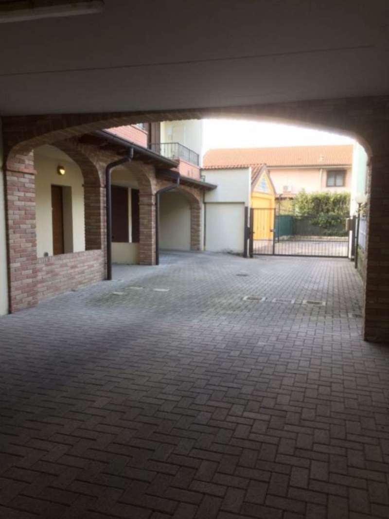 Appartamento in vendita a Pieve Fissiraga, 3 locali, prezzo € 135.000 | Cambio Casa.it