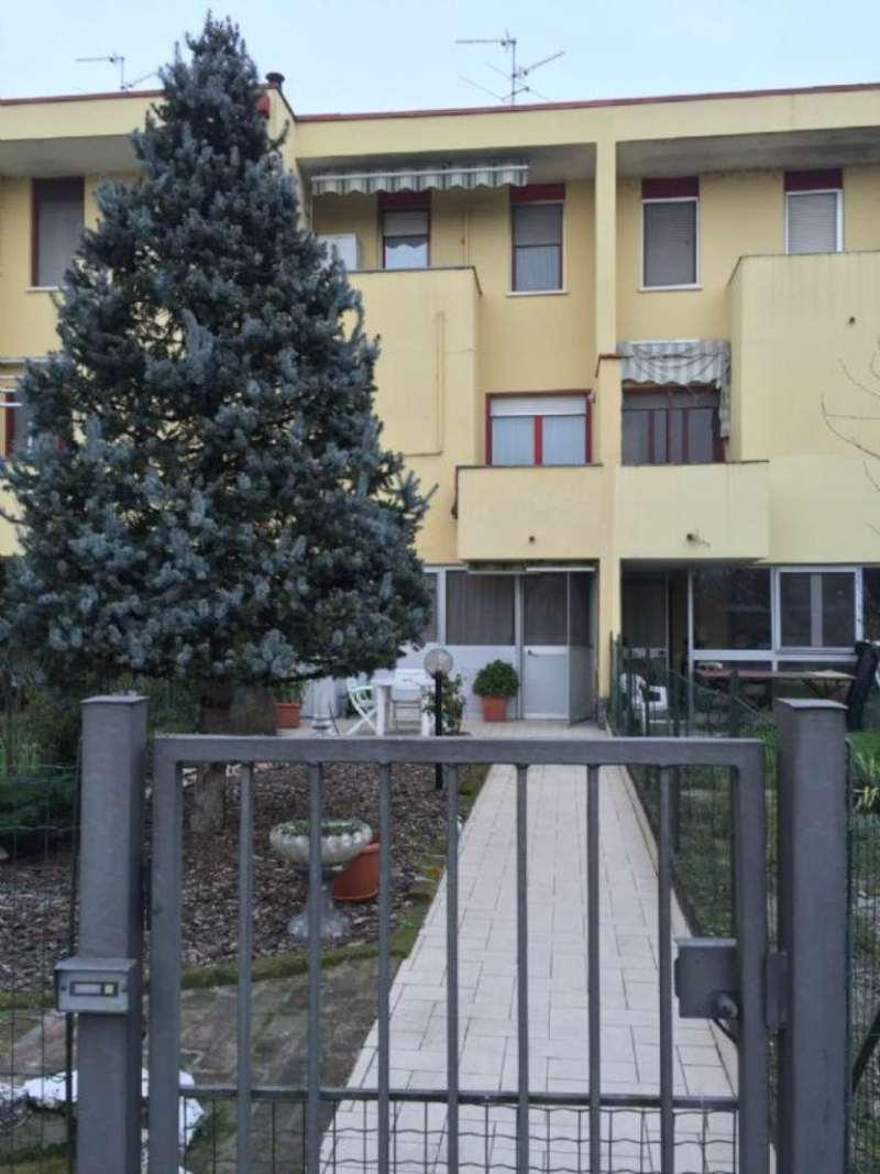 Villa a Schiera in vendita a Ossago Lodigiano, 3 locali, prezzo € 133.000 | Cambio Casa.it