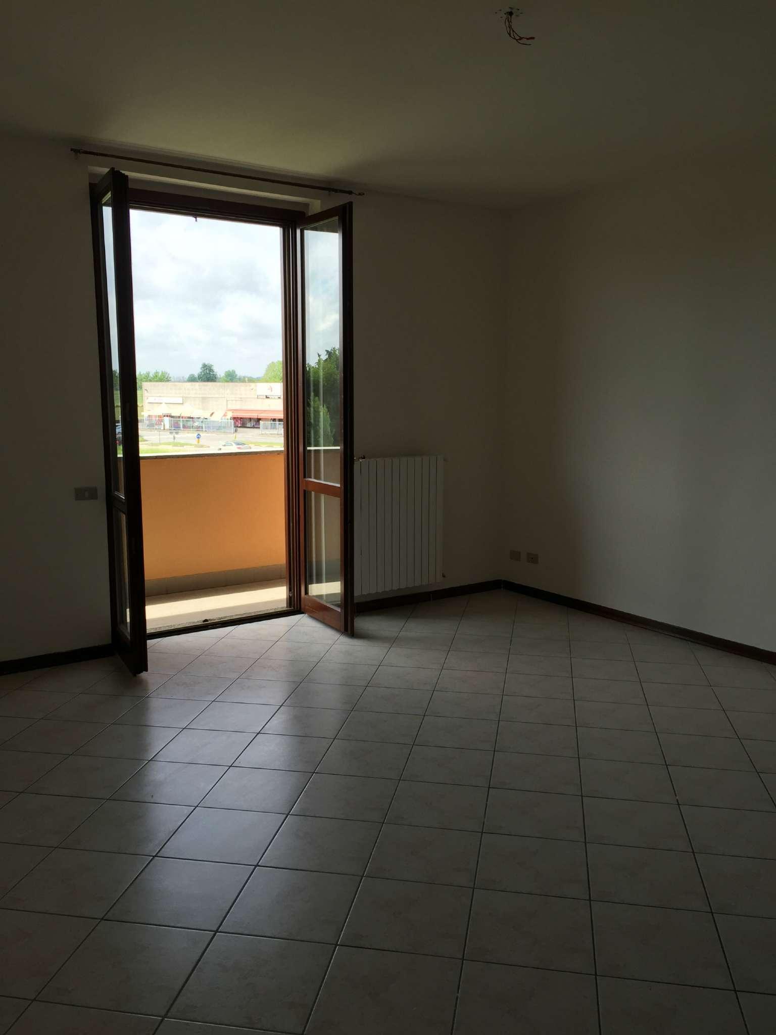 Bilocale San Martino in Strada Via Agnelli 27 4