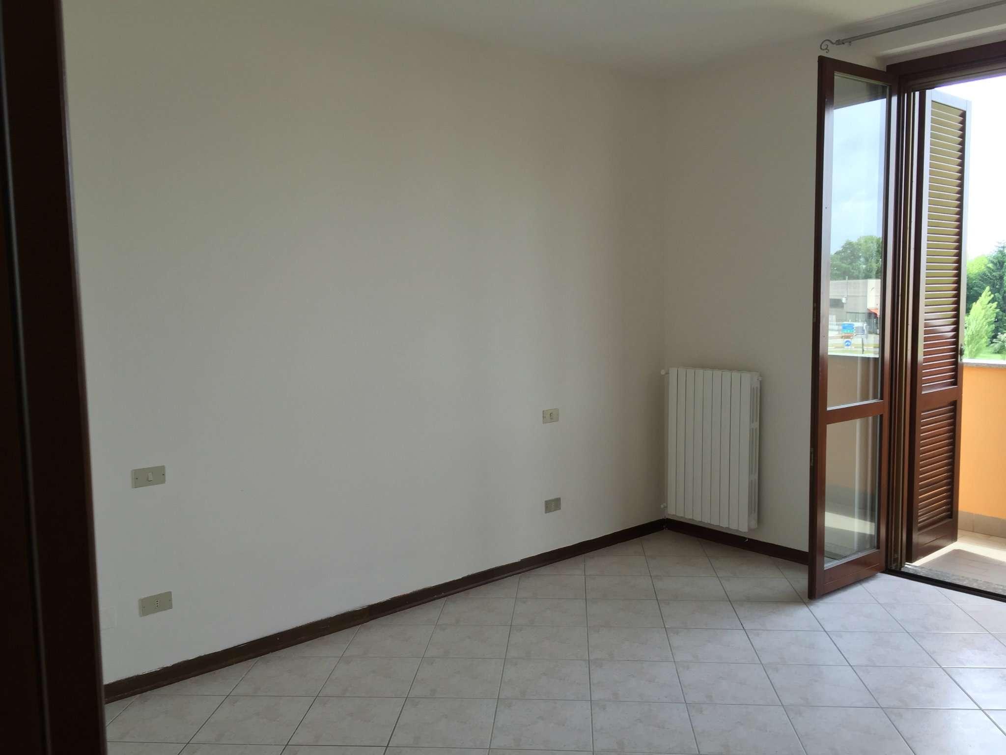 Bilocale San Martino in Strada Via Agnelli 27 6