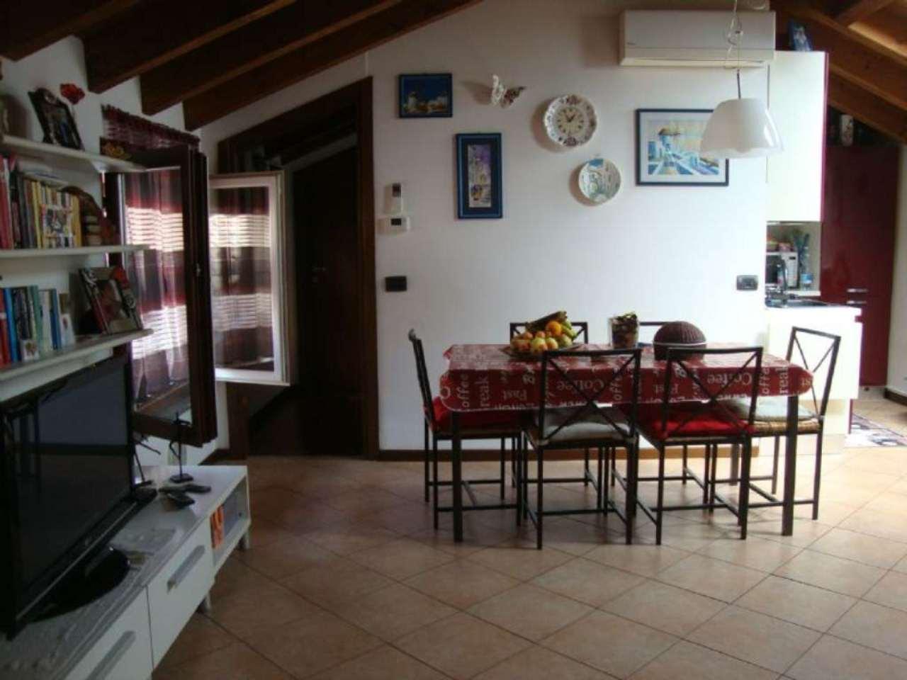 Bilocale Lodi Via Vistarini 1