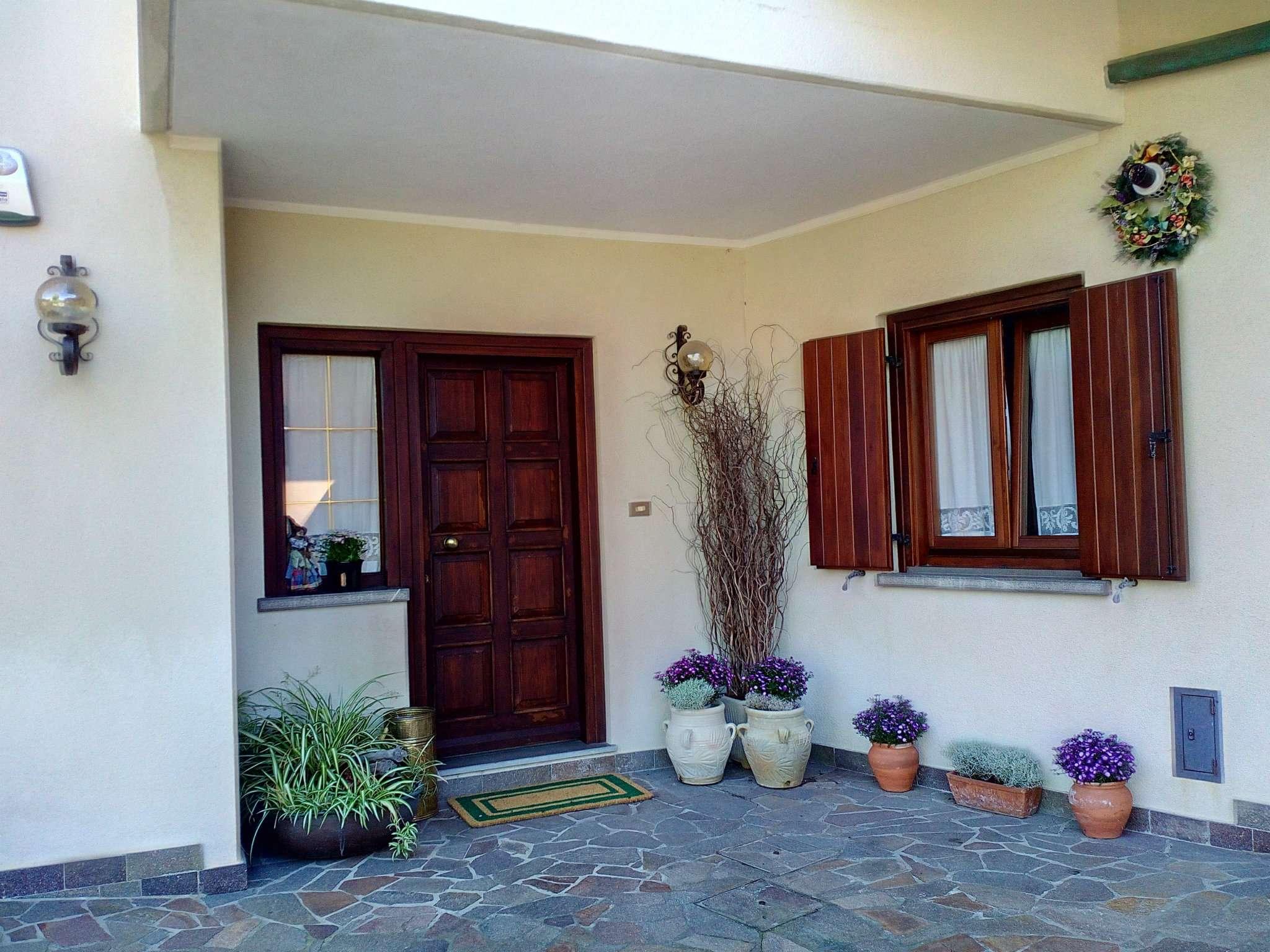 Villa in vendita a Muggia, 5 locali, prezzo € 340.000 | Cambio Casa.it