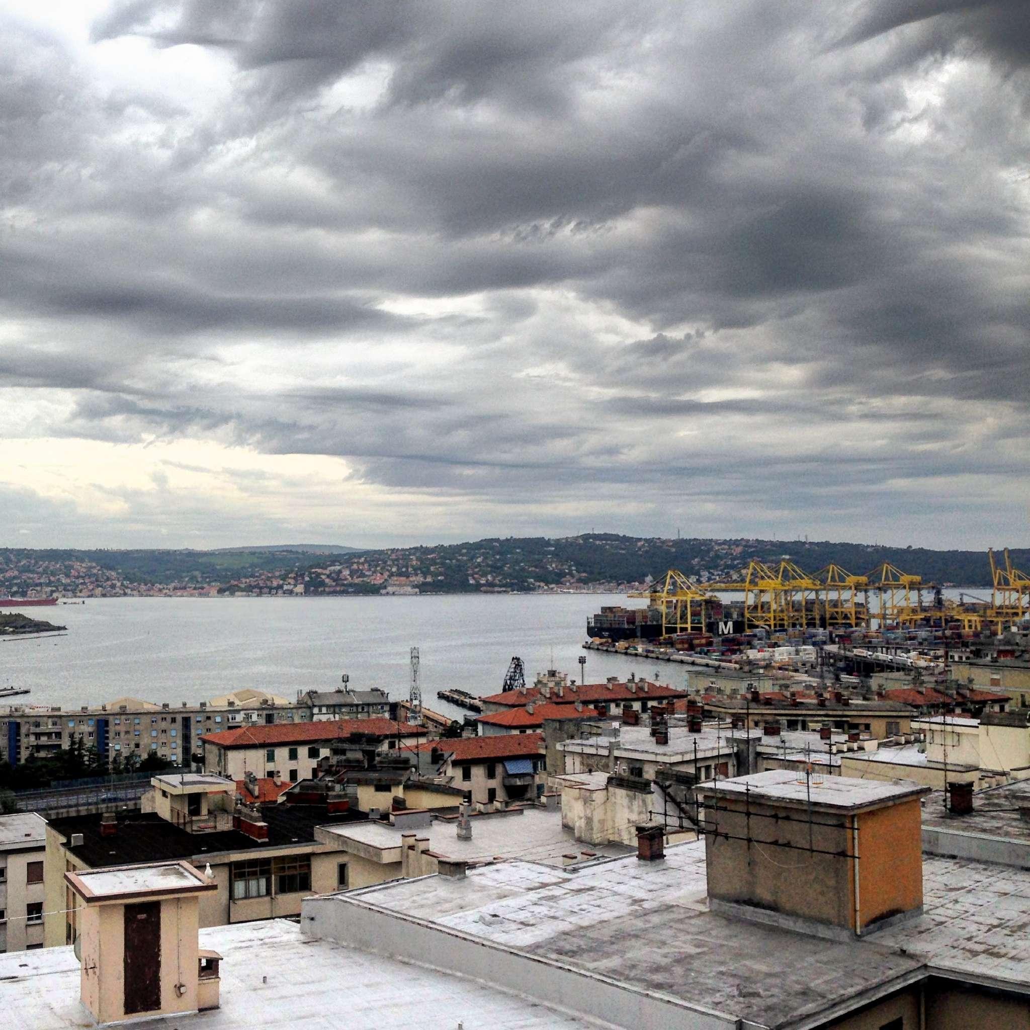 Appartamento in vendita a Trieste, 4 locali, prezzo € 195.000 | CambioCasa.it