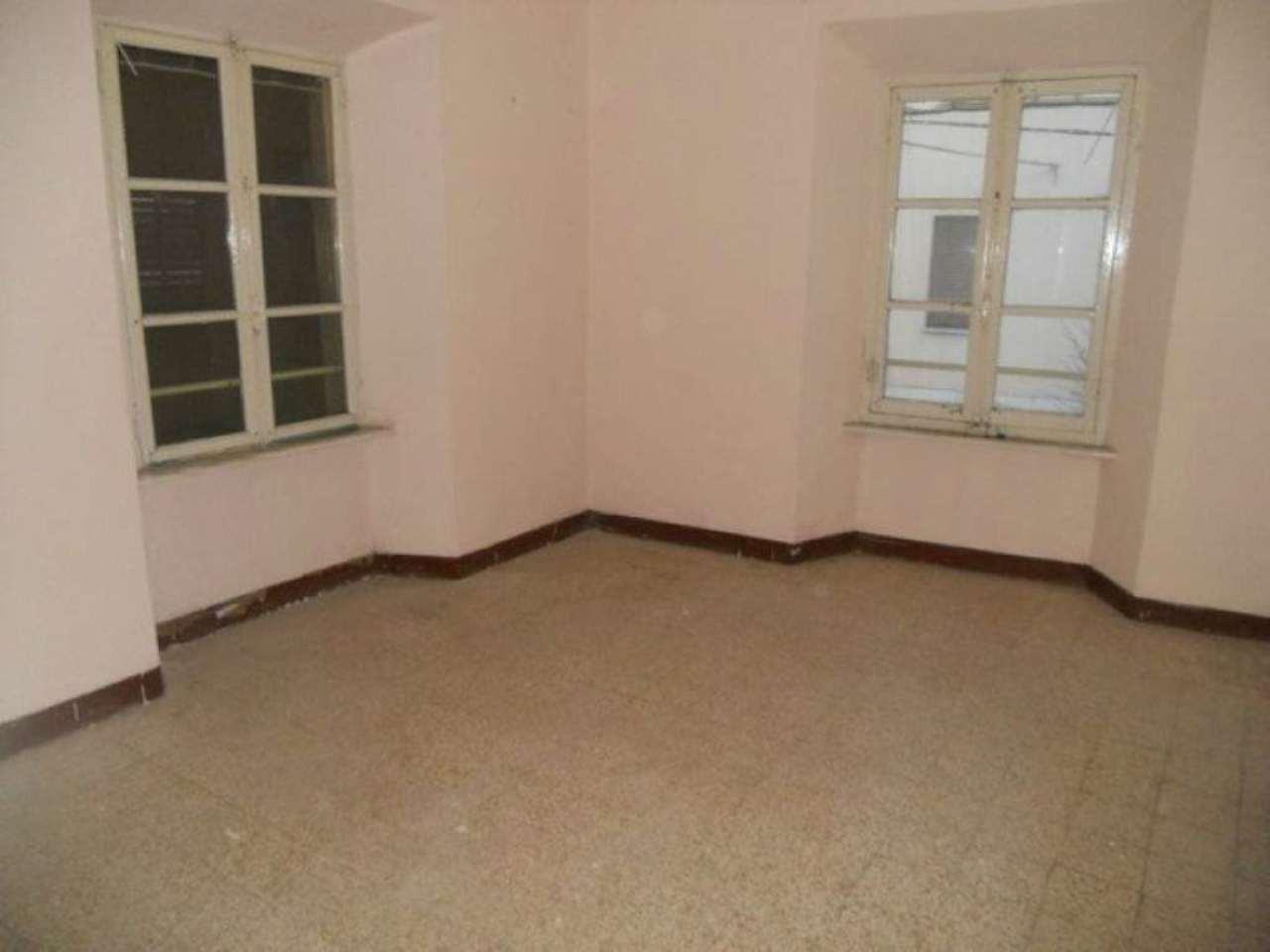 Appartamento in vendita a Sant'Antonino di Susa, 4 locali, prezzo € 32.000 | CambioCasa.it