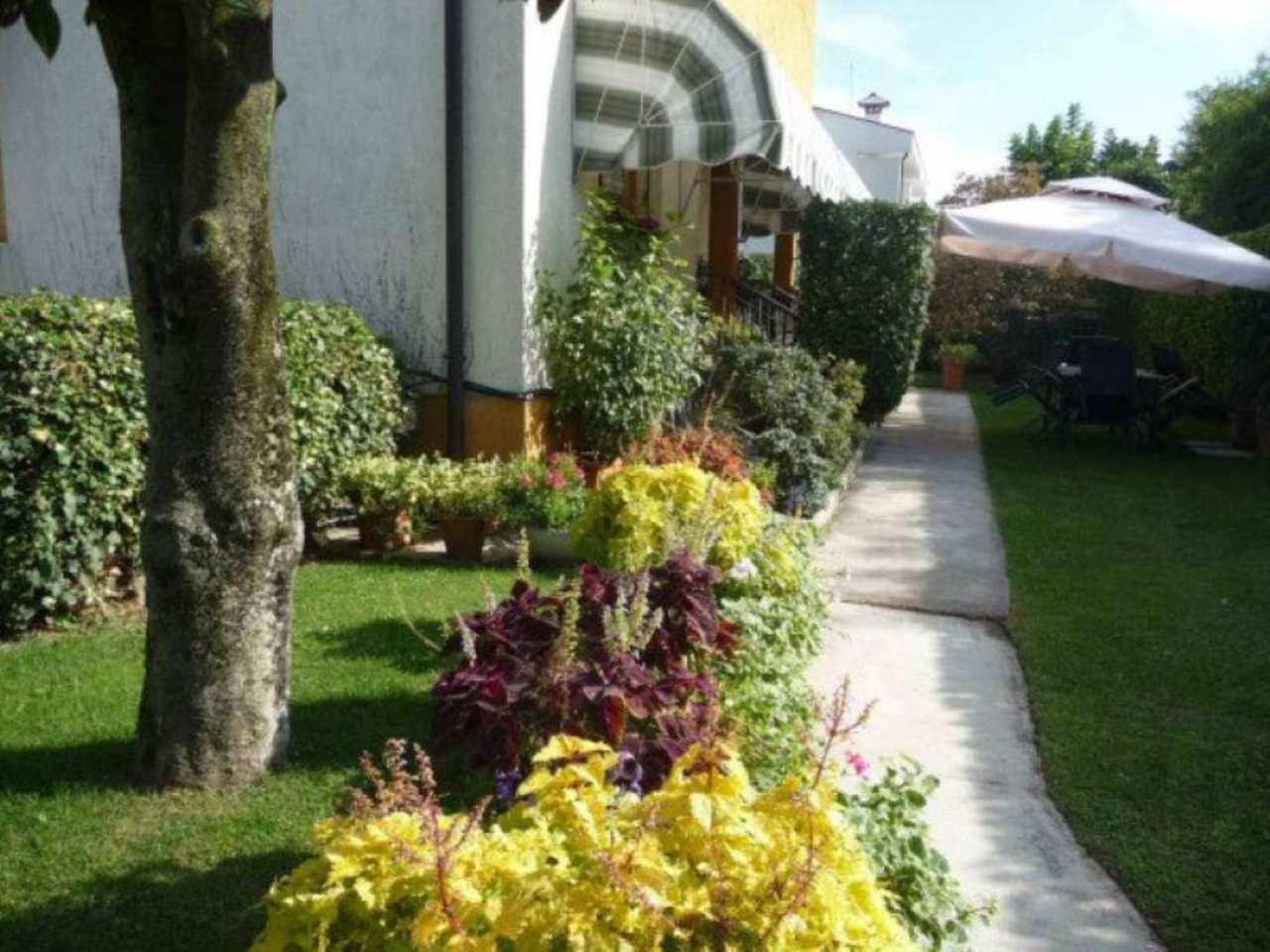 Villa in vendita a Castelfranco Veneto, 6 locali, prezzo € 470.000 | Cambio Casa.it