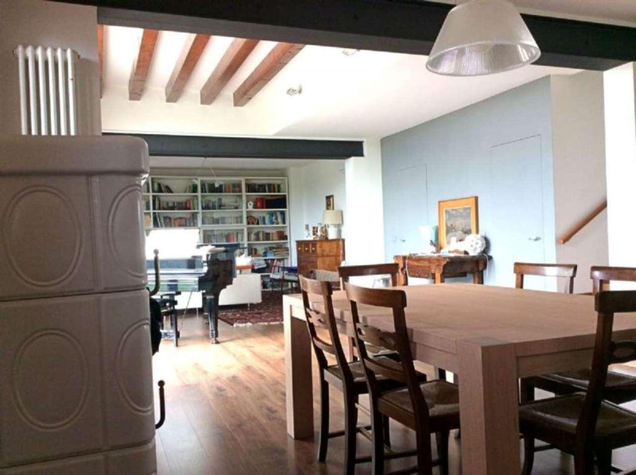 Villa in vendita a Castelfranco Veneto, 8 locali, Trattative riservate | CambioCasa.it