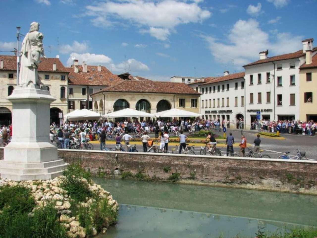 Attività / Licenza in Vendita a Castelfranco Veneto