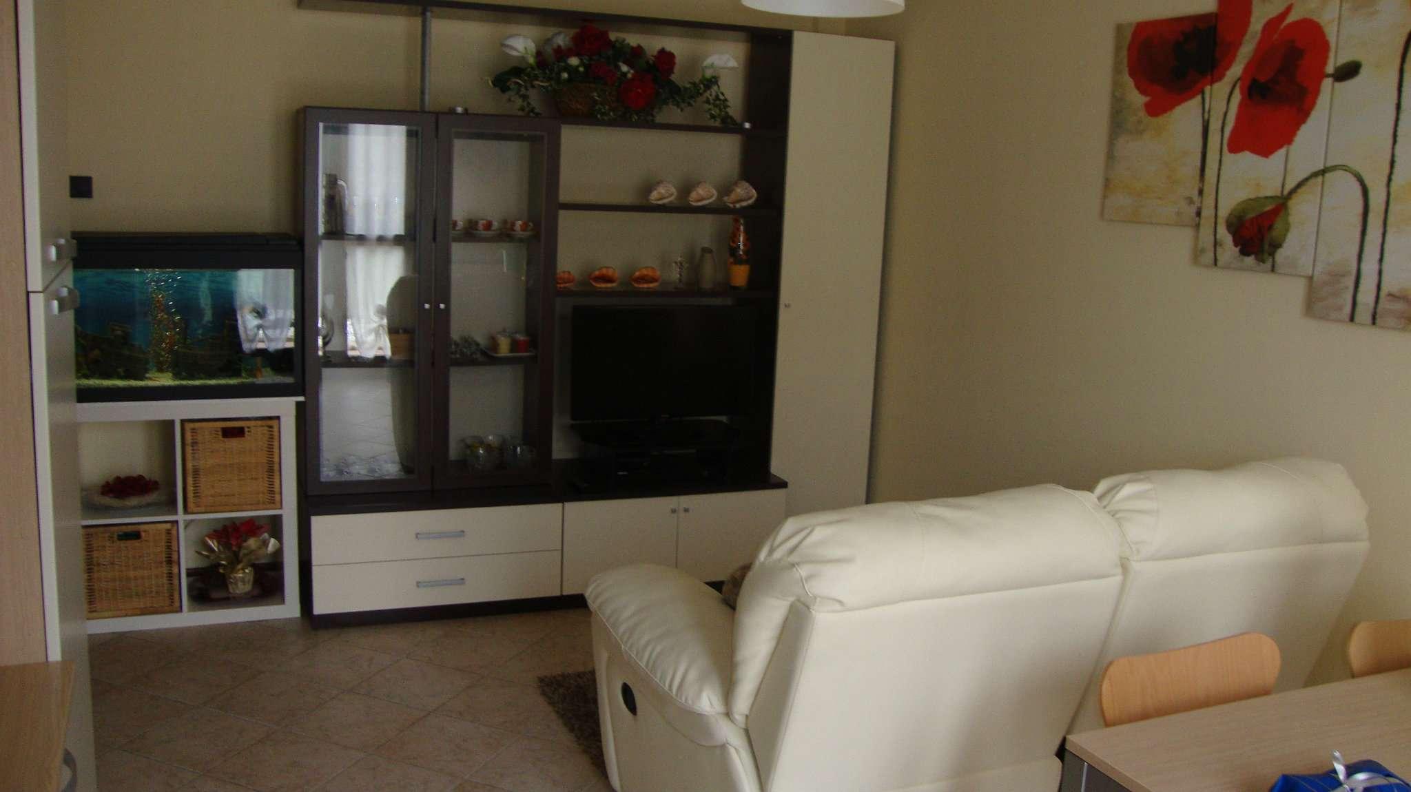 Appartamento in affitto a Loreggia, 2 locali, prezzo € 450 | Cambio Casa.it