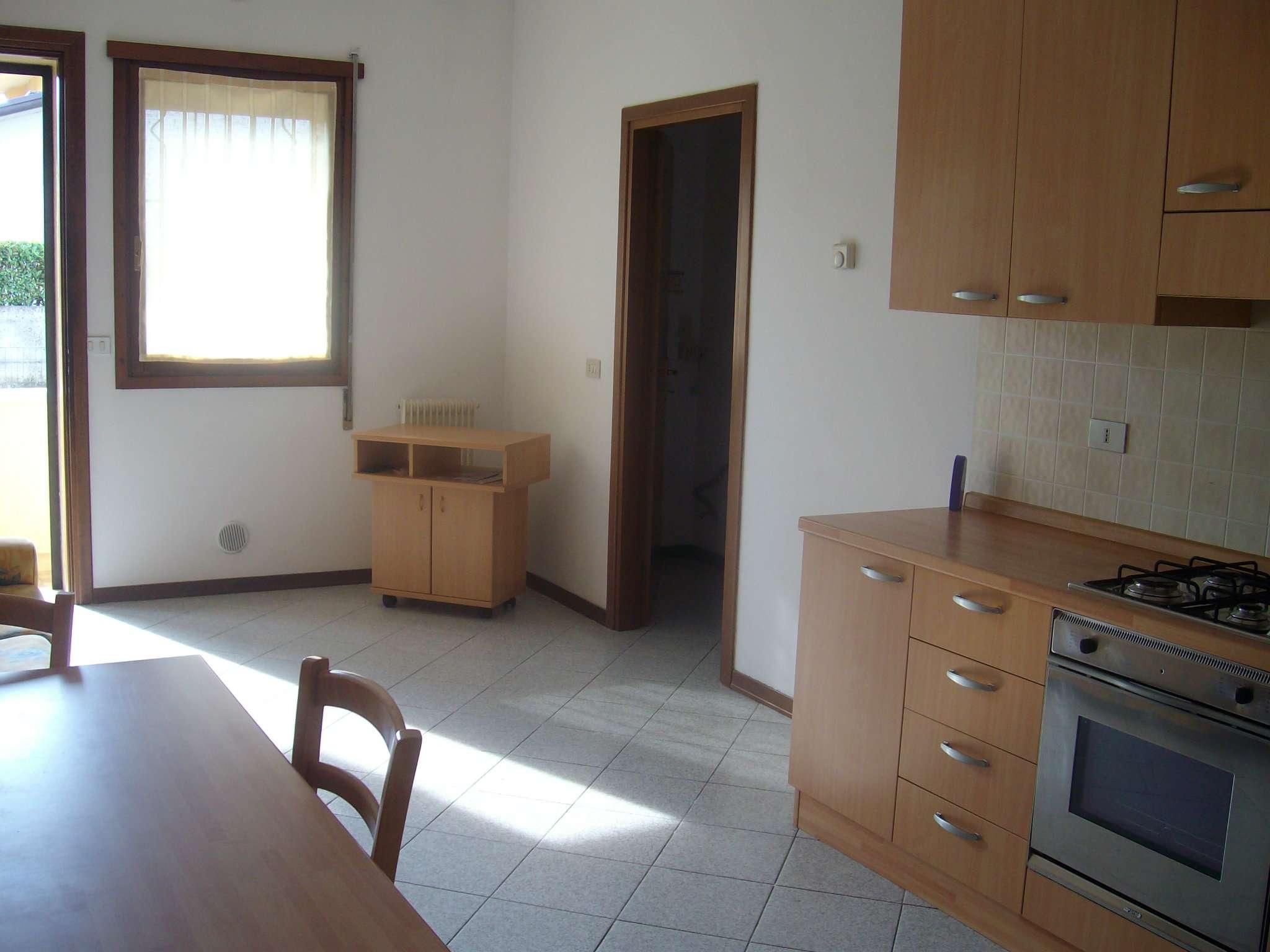 Appartamento in affitto a Loria, 2 locali, prezzo € 400 | Cambio Casa.it