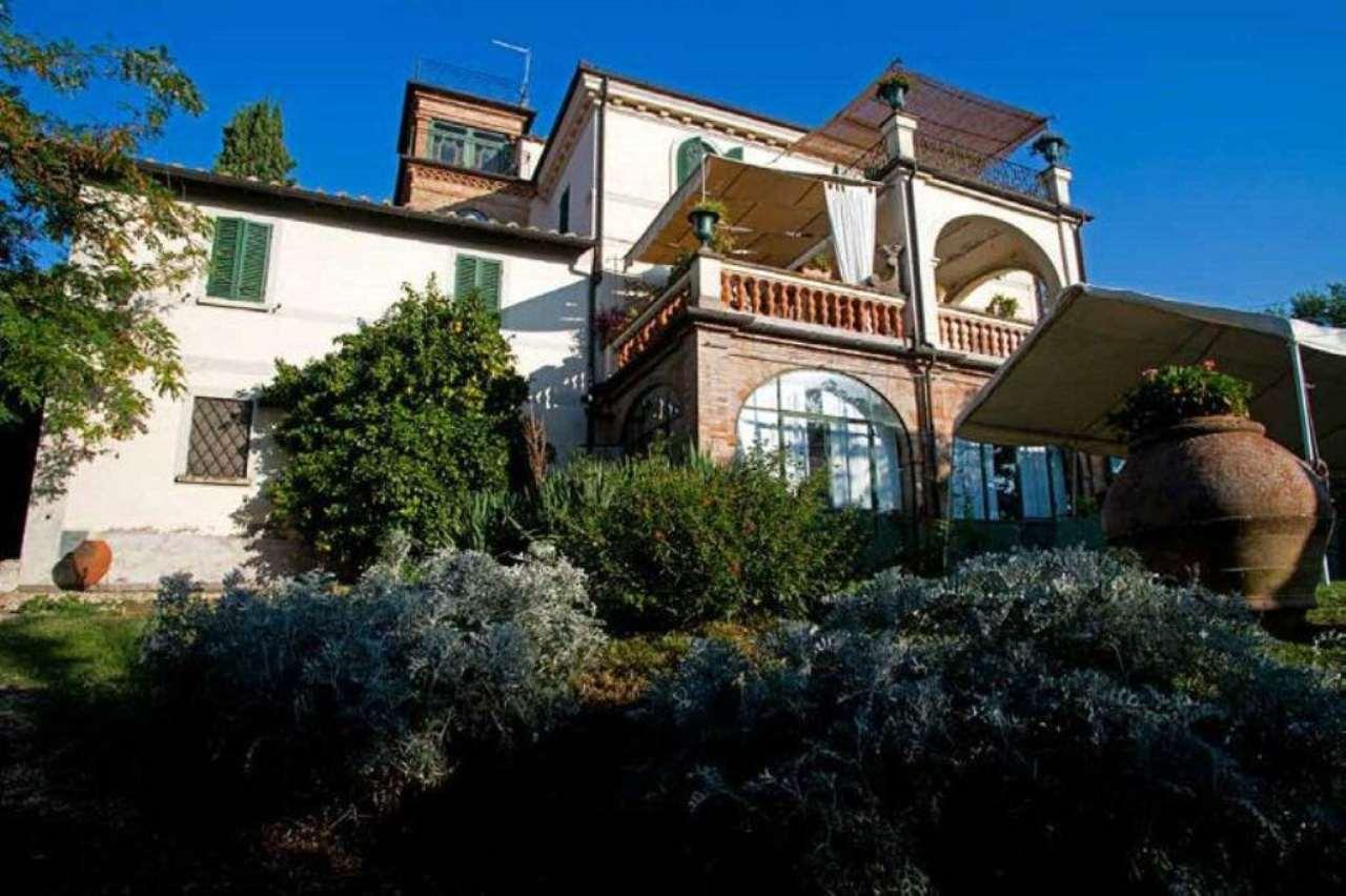 Villa in vendita a Selci, 9999 locali, prezzo € 1.650.000 | CambioCasa.it
