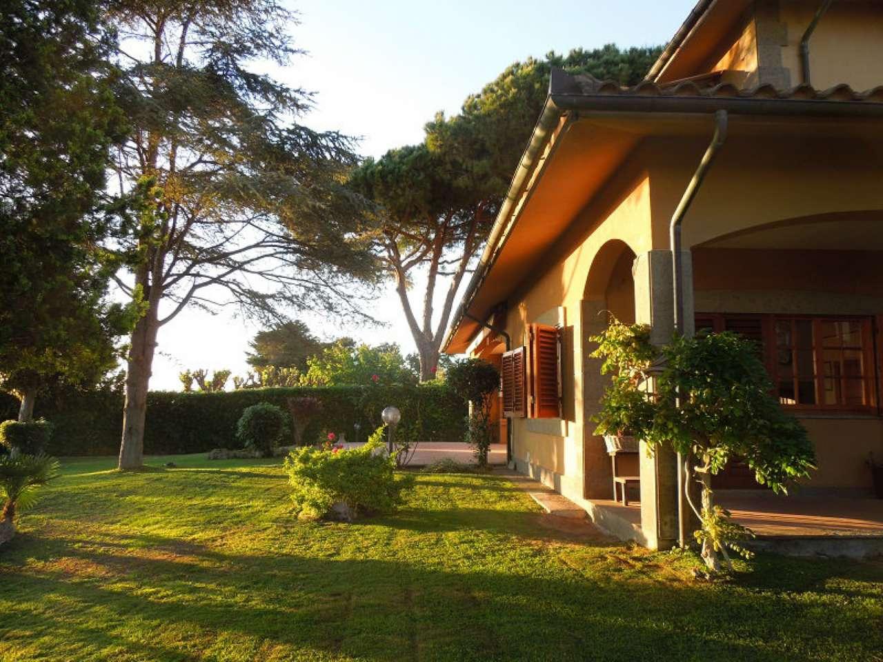 Villa in vendita a Tarquinia, 9 locali, prezzo € 600.000   CambioCasa.it