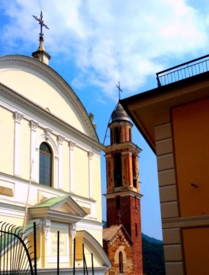 Bilocale Uscio Via Chiesa 1