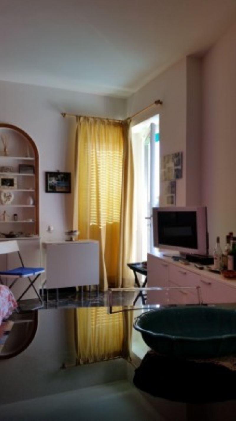 Bilocale Rapallo Via Privata Bozzo Costa 3