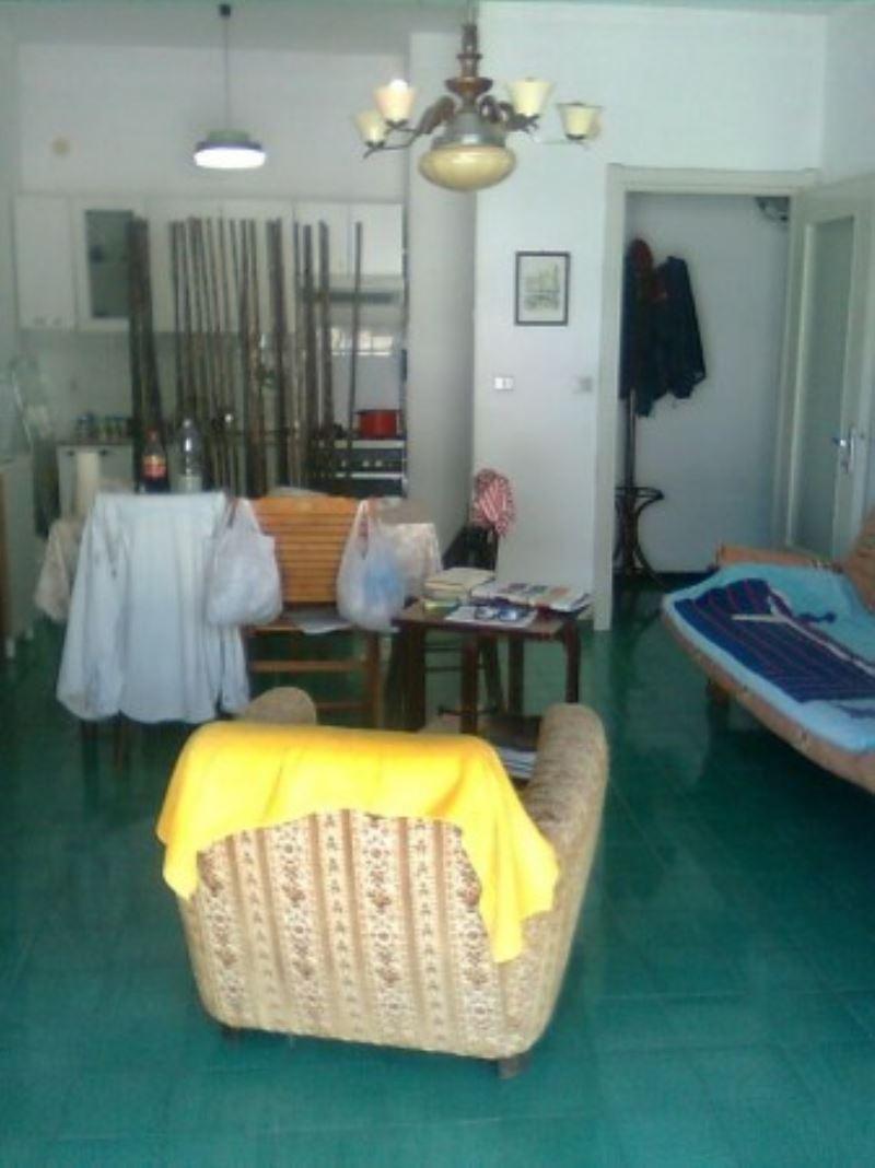 Bilocale Rapallo Via Francesco Baracca 3