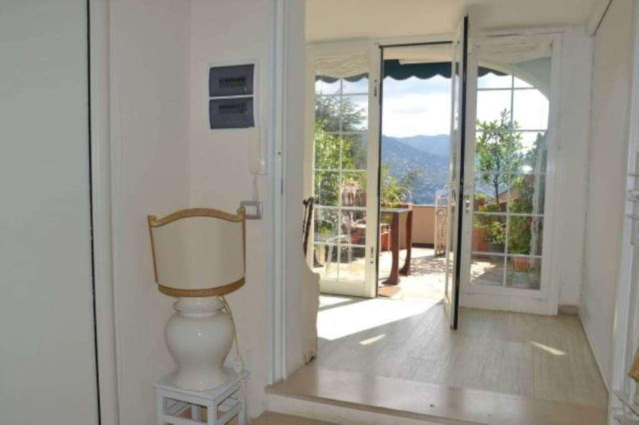 Bilocale Rapallo Via Fioria 1