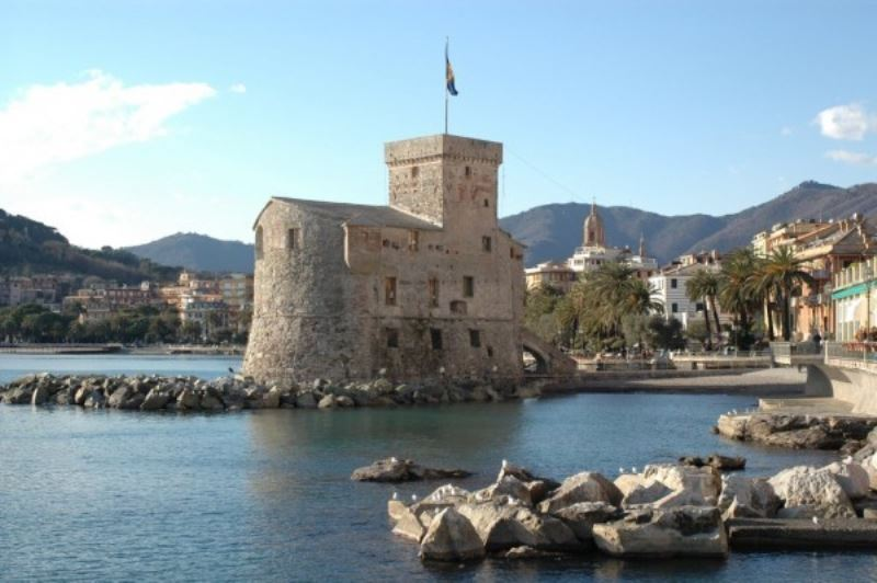 Bilocale Rapallo Via Sciesa 6