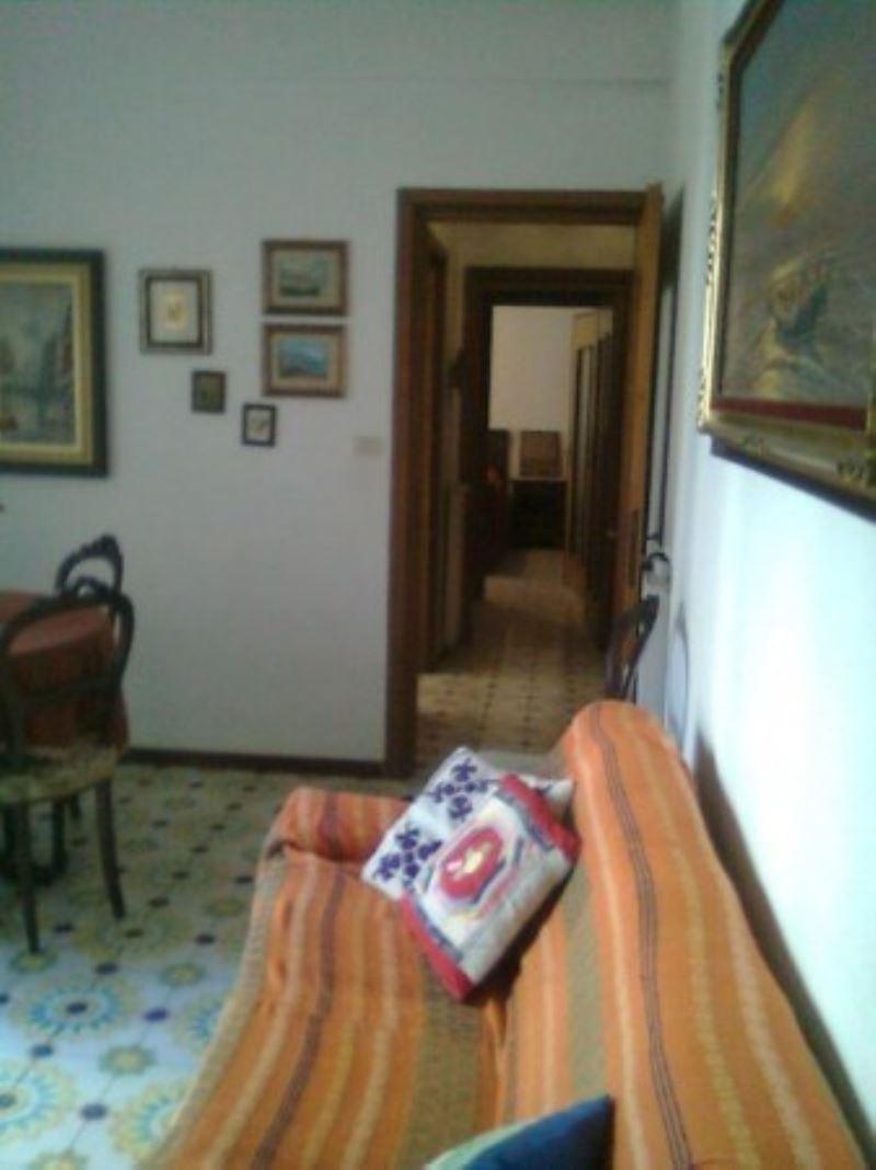 Bilocale Rapallo Via S. Benedetto 5