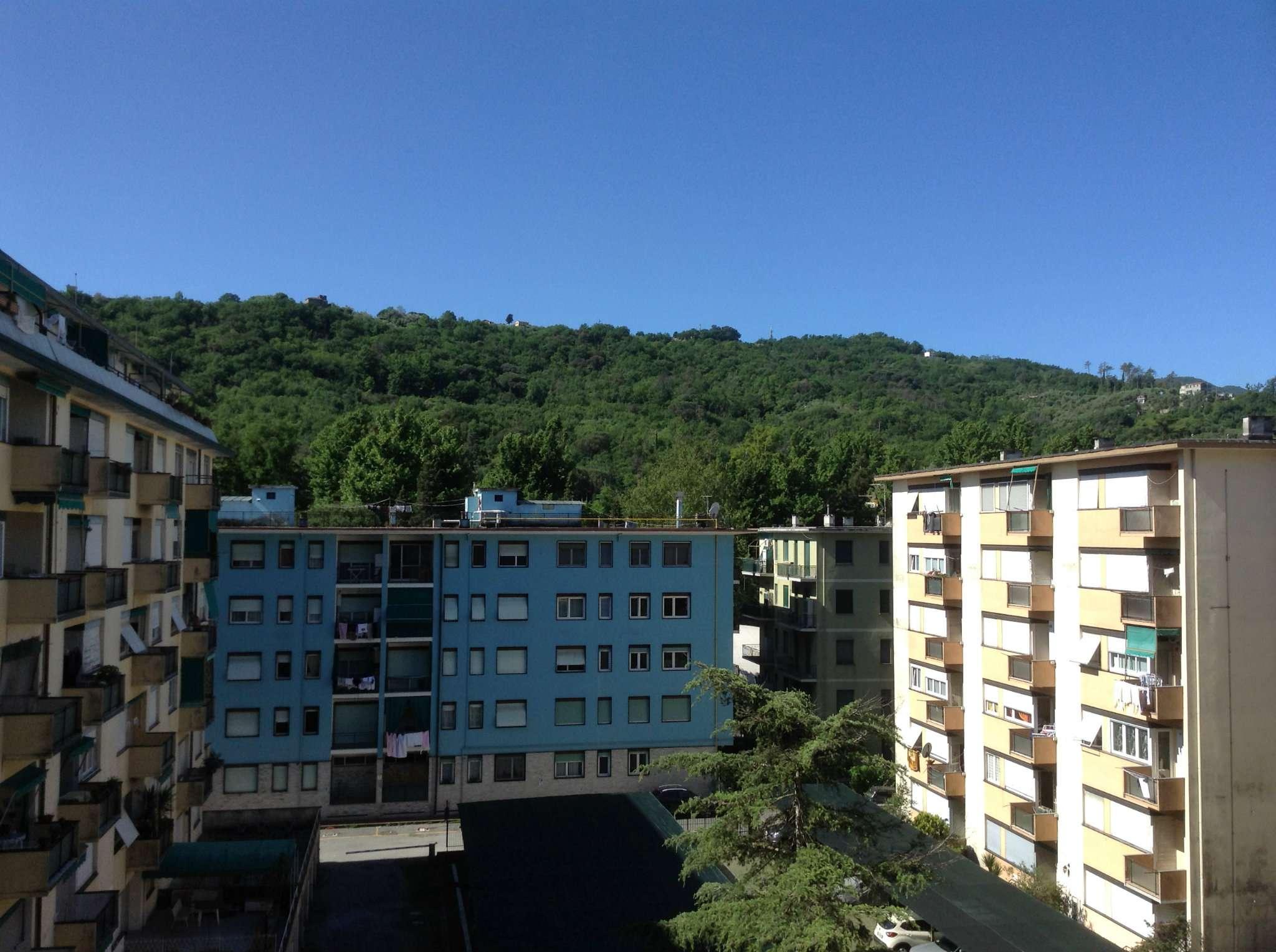 Bilocale Rapallo Via Fratelli Bandiera 1