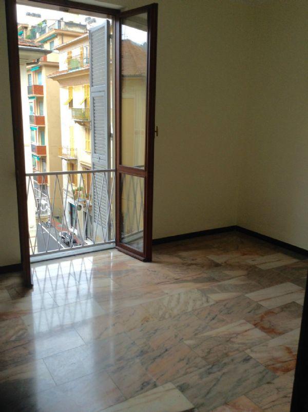 Bilocale Rapallo Corso Roma 5
