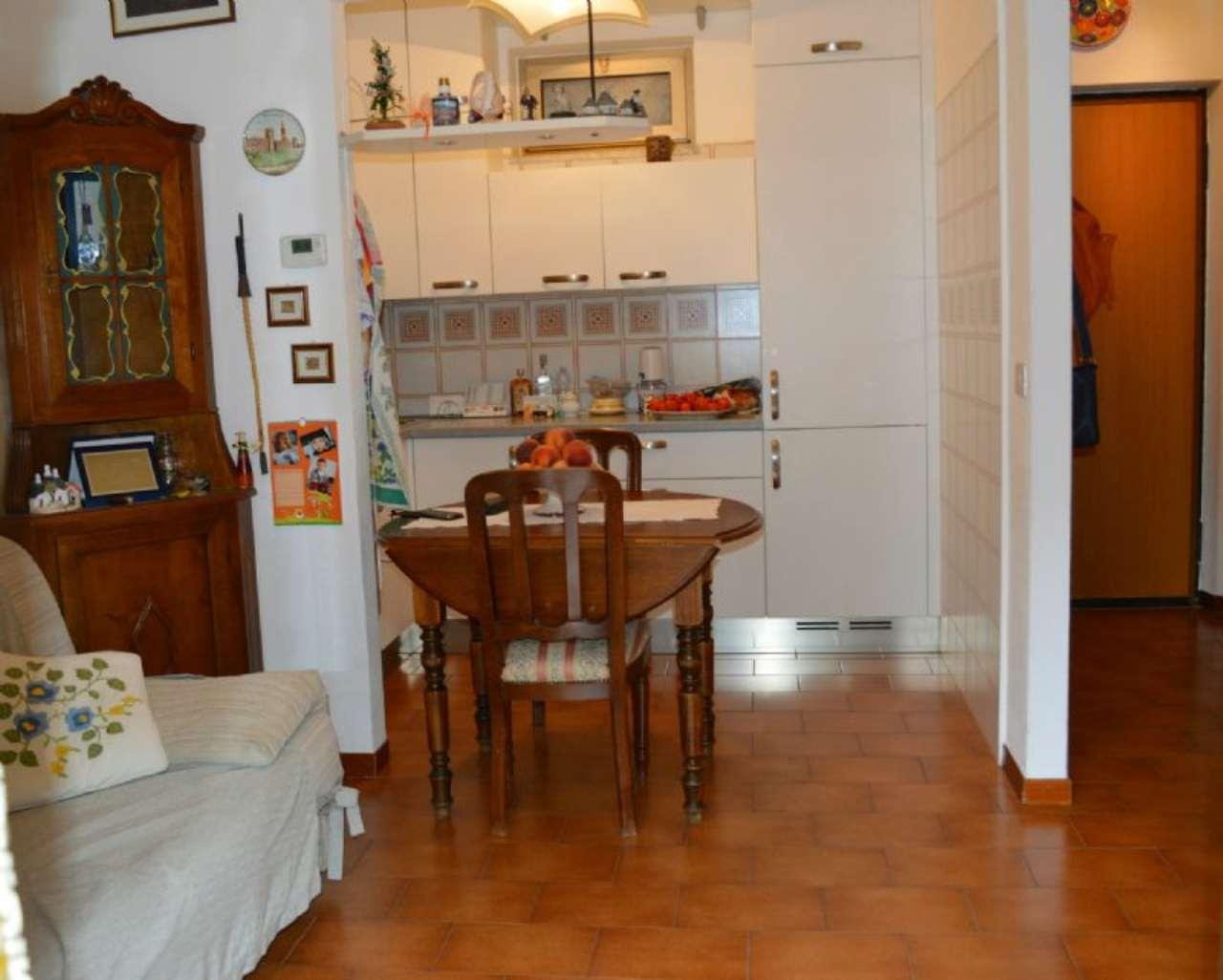 Bilocale Avegno Via Avegno 4