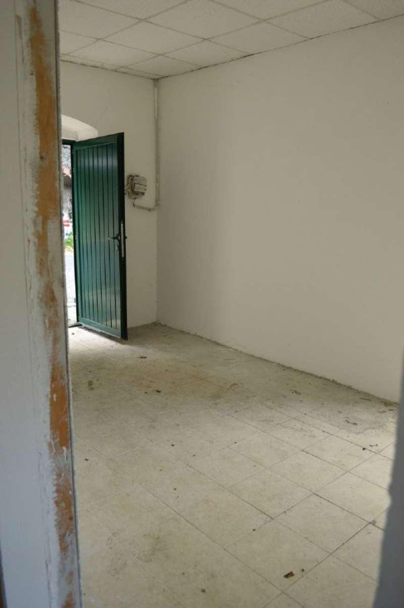 Bilocale Avegno Via Avegno 3