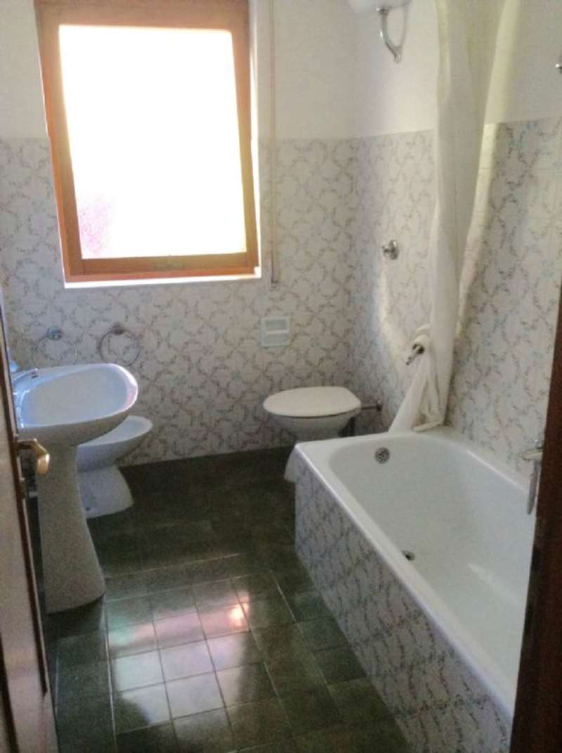 Bilocale Rapallo Via Nino Bixio 7