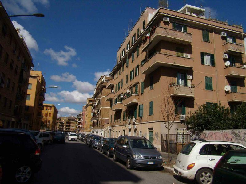 Appartamenti in affitto a roma in zona appio claudio for Appartamenti arredati in affitto roma