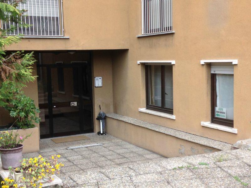 Ufficio / Studio in vendita a Uboldo, 3 locali, prezzo € 125.000 | Cambio Casa.it