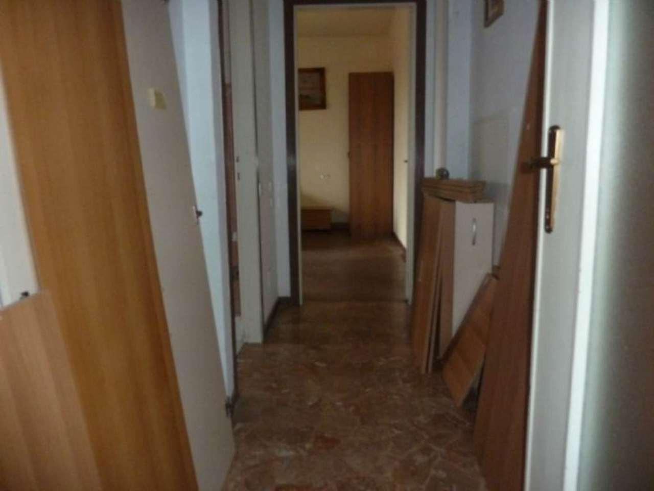 Bilocale Saronno Via Varese 7
