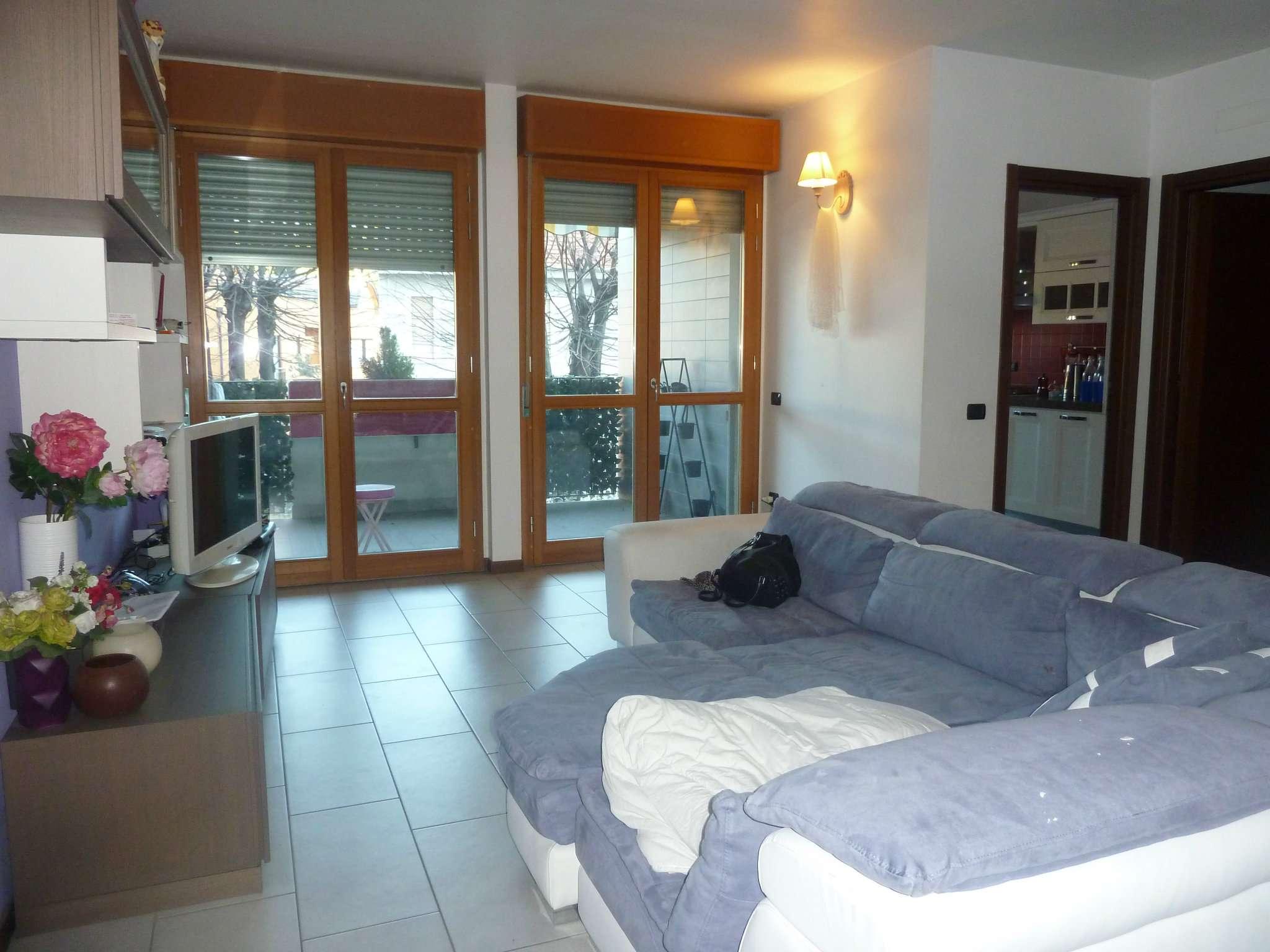 Appartamento in vendita a Gerenzano, 3 locali, prezzo € 162.000 | Cambio Casa.it