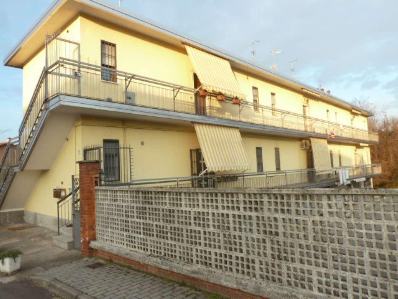 Appartamento in vendita a Gerenzano, 3 locali, prezzo € 79.000 | Cambio Casa.it