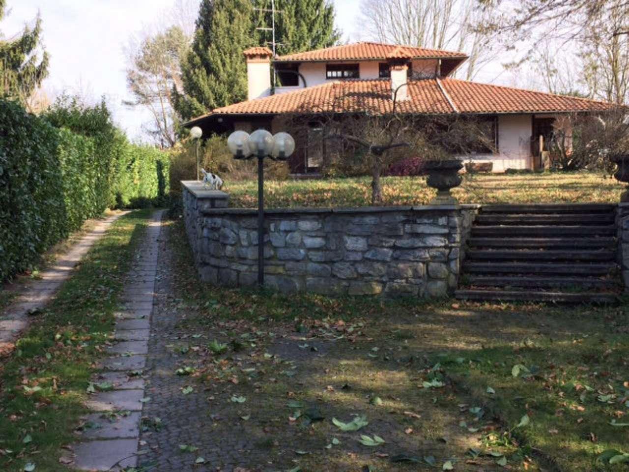 Villa in vendita a Fino Mornasco, 6 locali, prezzo € 899.000 | Cambio Casa.it