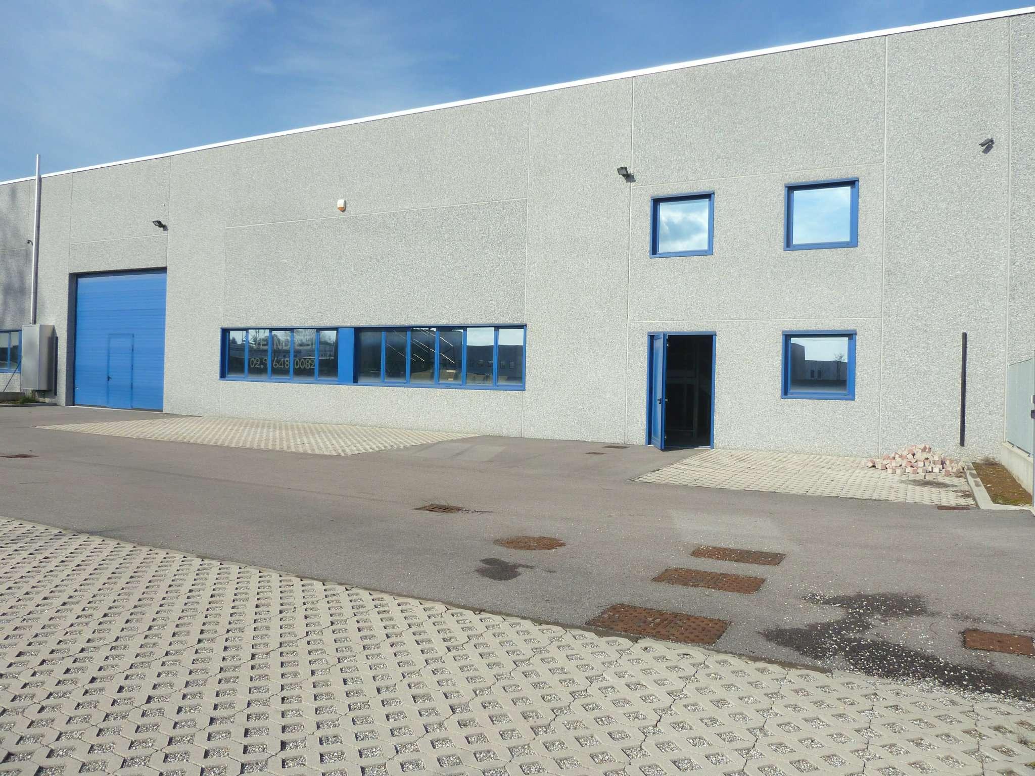 Capannone in vendita a Turate, 4 locali, prezzo € 750.000 | Cambio Casa.it