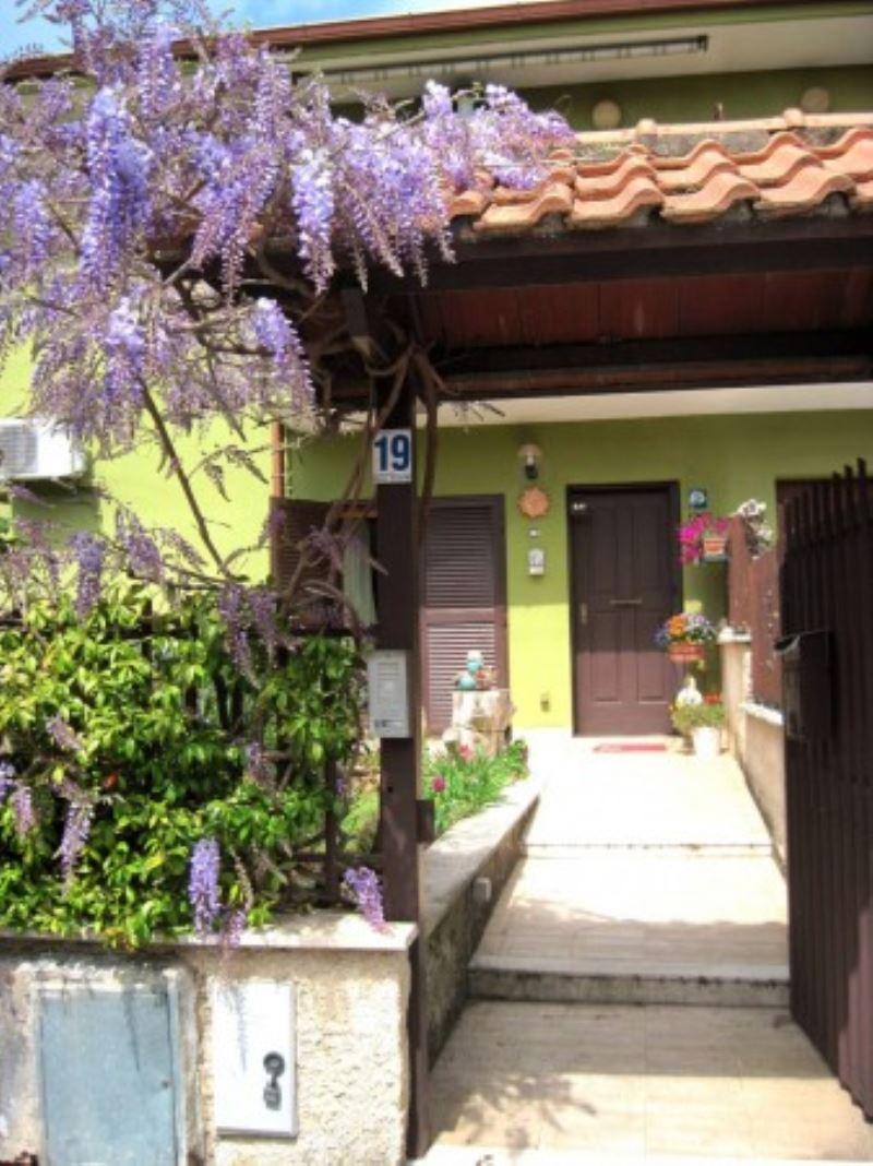 Appartamento in vendita a Cave, 4 locali, prezzo € 154.000 | Cambio Casa.it
