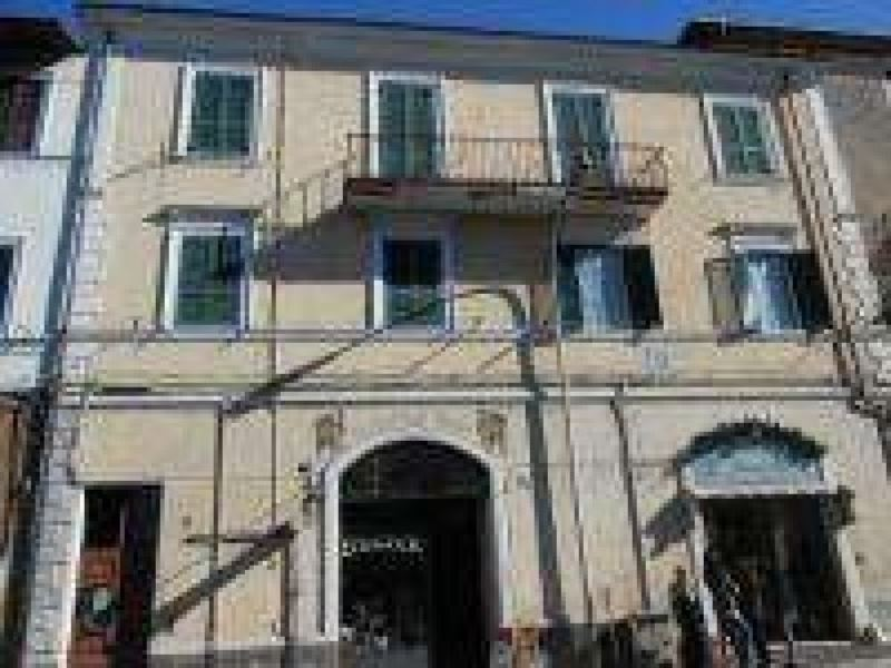 Appartamento in vendita a Cave, 4 locali, prezzo € 90.000 | Cambio Casa.it