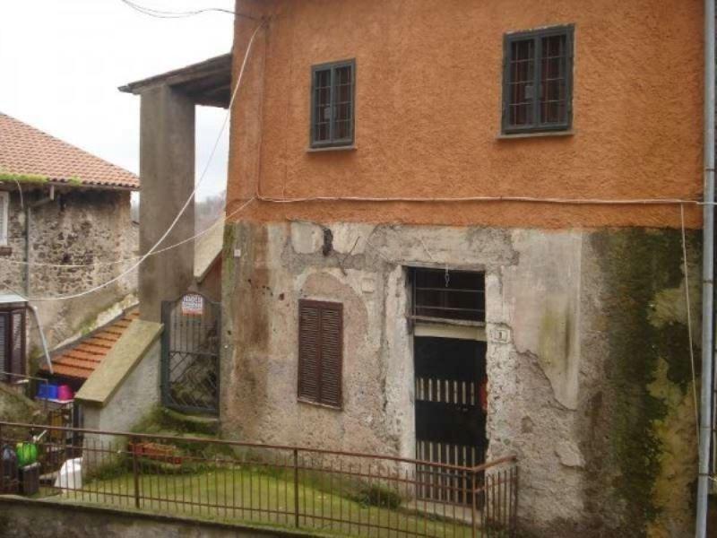 Appartamento in vendita a Cave, 2 locali, prezzo € 73.000 | CambioCasa.it