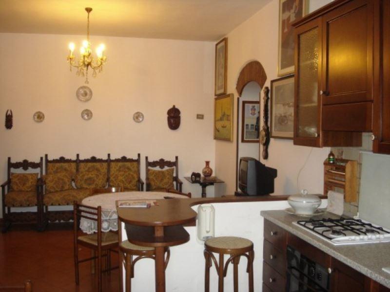 Appartamento in vendita a Cave, 4 locali, prezzo € 95.000 | Cambio Casa.it