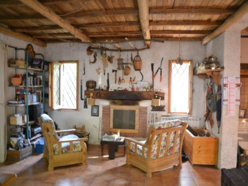 Rustico / Casale in vendita a Olevano Romano, 3 locali, prezzo € 110.000 | CambioCasa.it