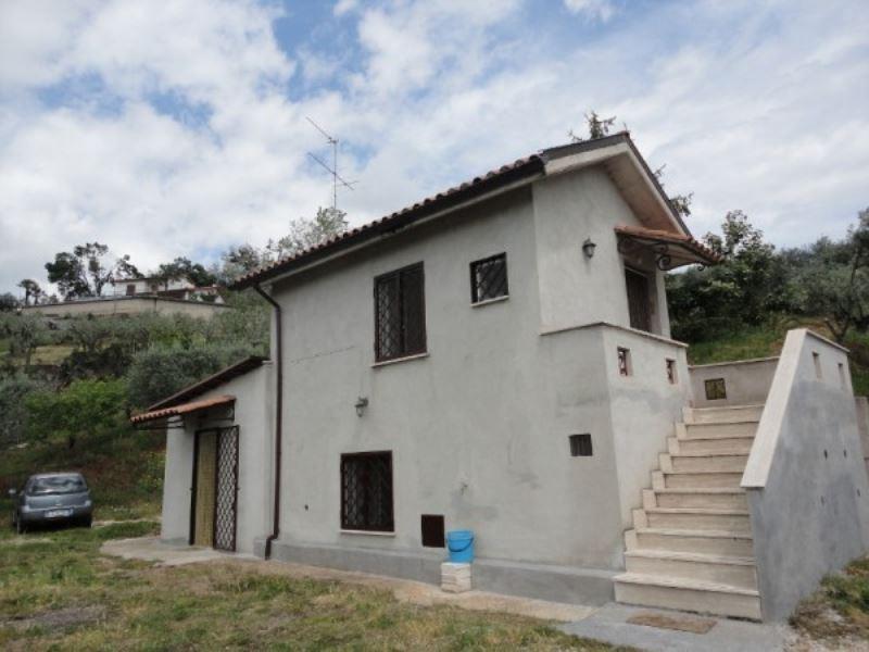 Soluzione Indipendente in vendita a Genazzano, 3 locali, prezzo € 139.000 | Cambio Casa.it