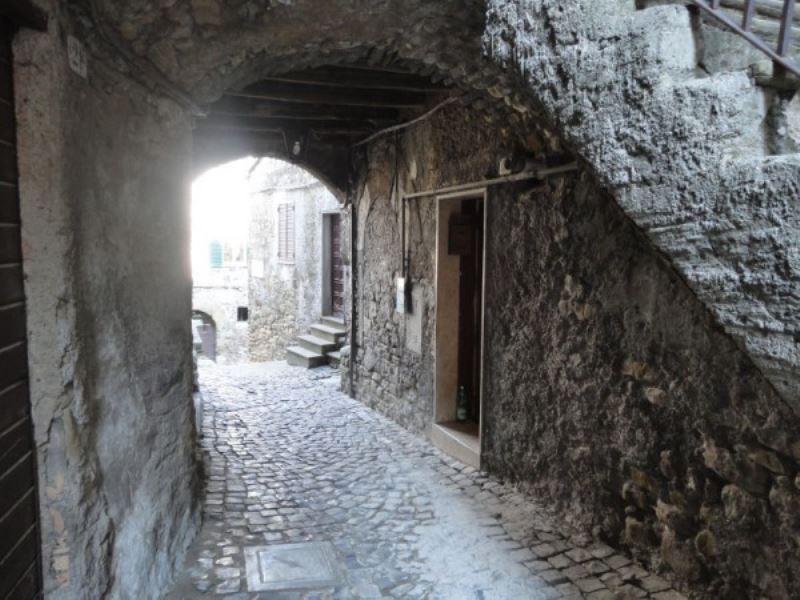 Bilocale San Vito Romano Via Governo Vecchio 3