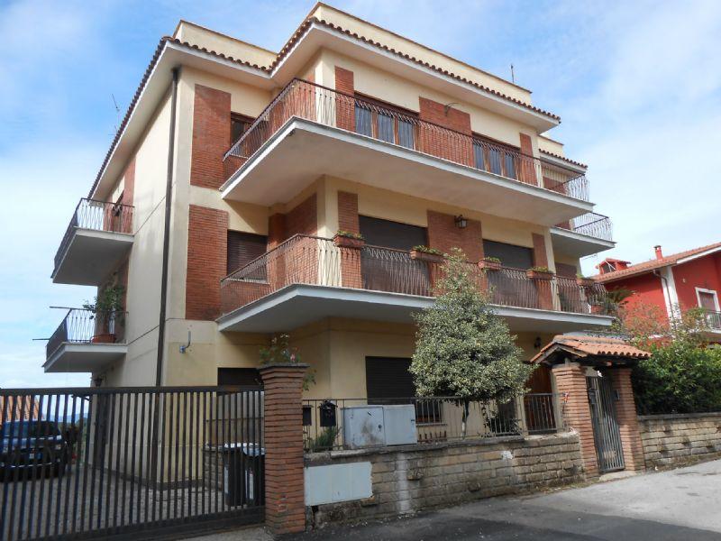 Appartamento in vendita a Cave, 9999 locali, prezzo € 200.000 | Cambio Casa.it